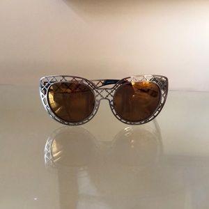 Tory Burch Logo Cut Out Cat Eye Sunglasses